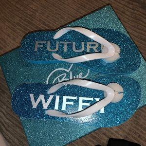 Betsey Johnson blue/white glitter flip flops